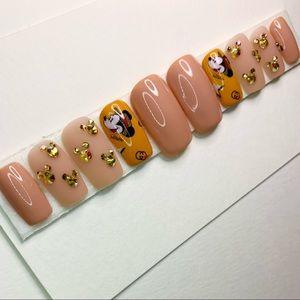Custom gel press-on nails made by artisan set#6S